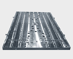 Clamping plates of steel
